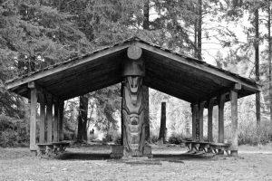 Huu-ay-aht Totem in Bamfield, BC
